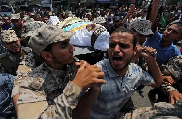 المقاومة والإرهاب : من أوصل داعش إلى قطاع غزة لتقتل المقاومين؟