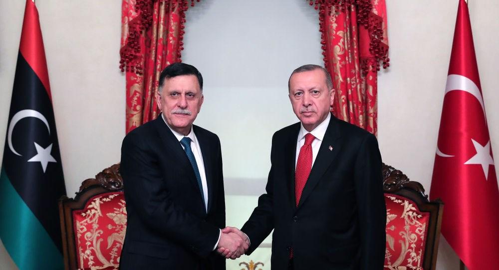 معاهدة «أوشي» : كيف باع أسلاف أردوغان ليبيا للإيطاليين ؟