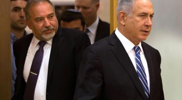 """بعد غانتس، ليبرمان : """"نتنياهو يجر الشعب في إسرائيل والدولة ككل إلى حرب أهلية""""؟"""