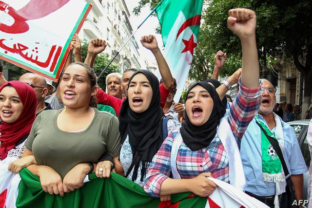 عبد اللطيف رباح : الحلّ في الجزائر هو العودة إلى الدولة التنموية
