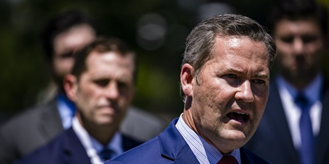 CONGRESSMAN SEEKING TO RELAUNCH AFGHAN WAR MADE MILLIONS IN DEFENSE CONTRACTING